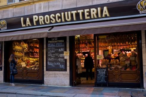Parm, här köpte jag parmesan och Parma-skinka!