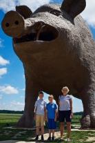 Världens största gris (vid bensinstation i Frankrike nära belgiska gränsen)