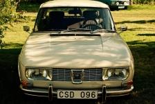 SAAB - farfar körde mest Peugeot men ibland bröt han denna vana och körde SAAB. SAABarna krånglade mycket mer än Peugetorna.