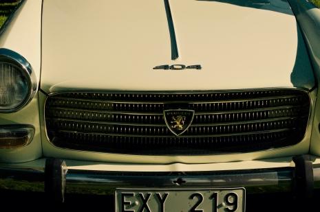 Peugeot 404, sådana hade farfar några stycken.