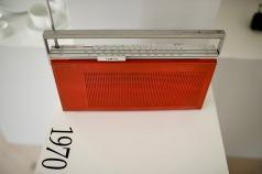 Struer -Bang Olufsen, en sådan fin radio, denna skulle passa perfekt i vårt kök!
